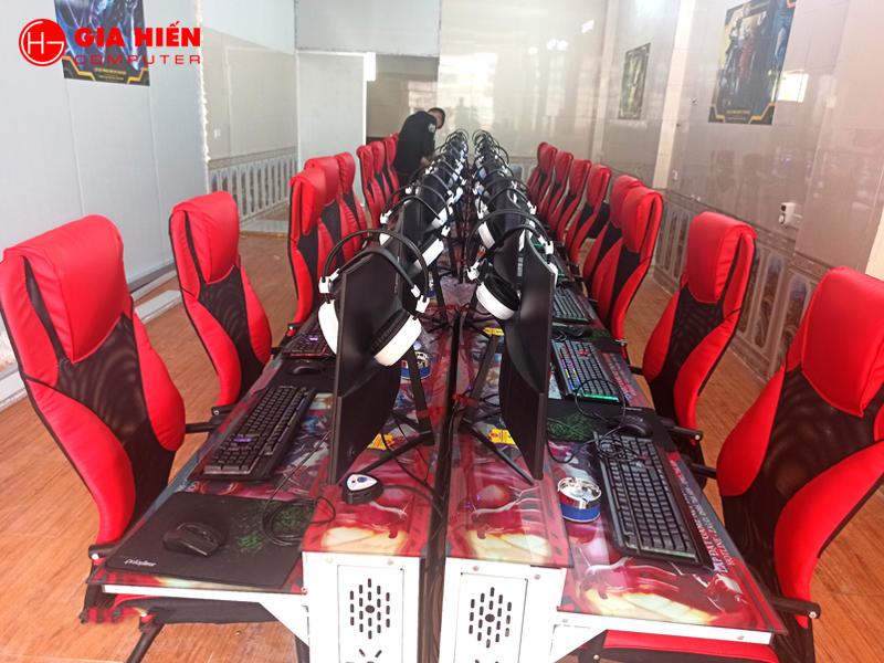 Phòng game được thiết kế theo mô hình Cyber game mini.