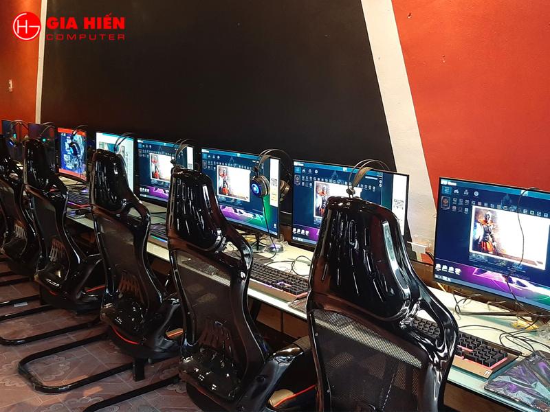 Cấu hình máy cao được phân làm 30 máy thường và 10 máy VIP
